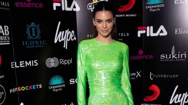 VIDEO: KENDALL JENNER GIVES US A TOUR OF HER LA HOME