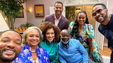 THE ORIGINAL AUNT VIV IS BACK! FOR THE 30TH REUNION SPECIAL