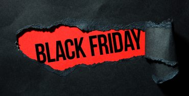 YOUR BLACK FRIDAY SURVIVAL GUIDE: 8 TOP TIPS FOR STRESS FREE SHOPPING
